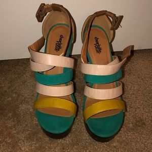 Charlotte Russe Multi Color Wedge